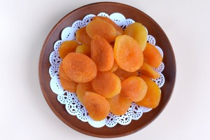 dried-apricots-3338362_1920